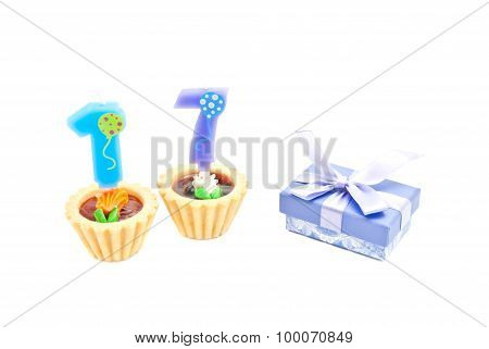 Cakes With Seventeen Years Birthday Candles And Gift