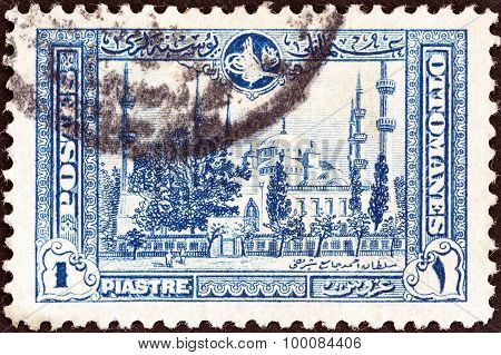 TURKEY - CIRCA 1914: A stamp printed in Turkey shows the Blue Mosque