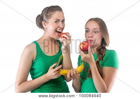 Image women eating vegetables and fruits