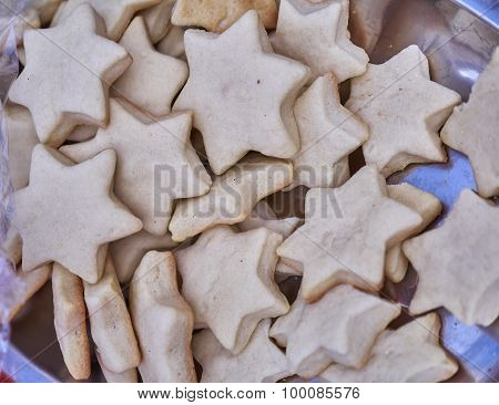 home made star shaped Christmas cookies