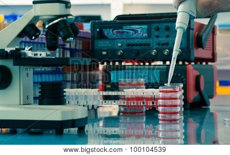 Physical chemistry laboratory equipment
