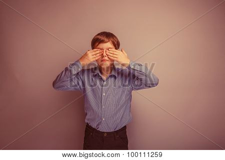 teenager boy Caucasian appearance eyes closed hands retro