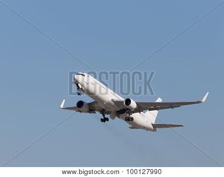 White Boeing 767-3Q8Er