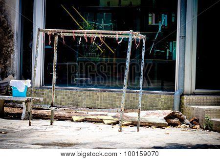 Grunge Urban Clothes Line Steel