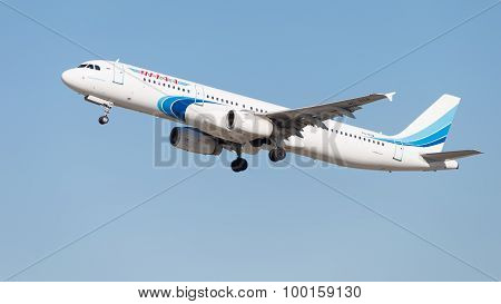 Airbus A321-231 Yamal Airlines
