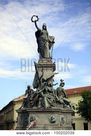 Arad Statue Of Liberty