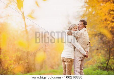 Active seniors in nature