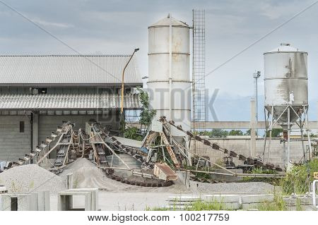 Small Factory For Cement Products