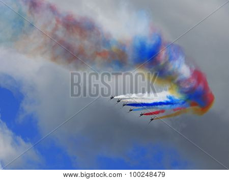 Multi-colored Smoke of aircraft