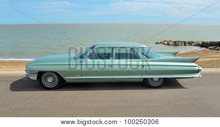 Classic Cadillac Sedan de Ville