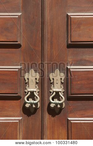 Antique Entrance Wooden Classic Doors With Metallic Locks