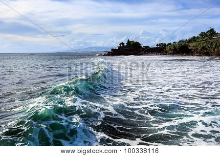Tahah Lot Temple And Ocean Waves, Bali