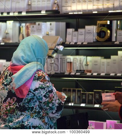 Two Muslim Woman In The Perfumes Shop