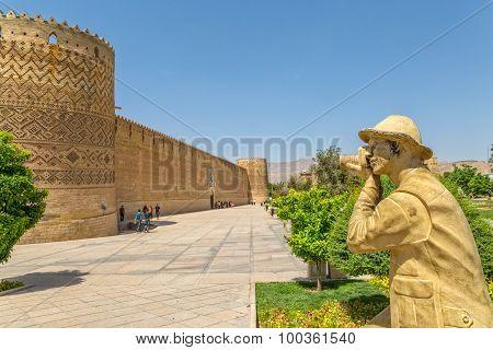 Shiraz Citadel photographer statue