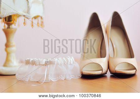Two Bride Weddings Easy Shoes