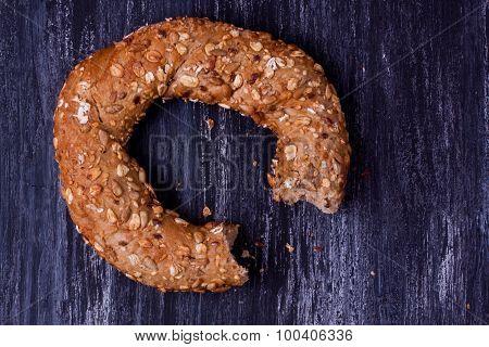 turkish bagel with grain