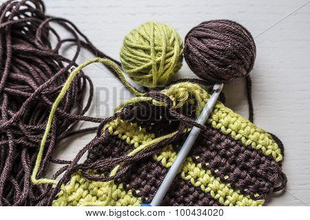 yarn in contrast