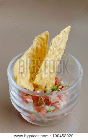 Tortilla Chips With Salsa Dip