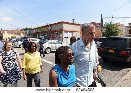 Mayor de Blasio & Chirlane McCray arrive