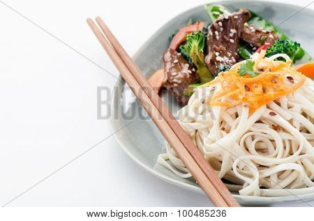 Oriental chinese noodles with beef stir fry