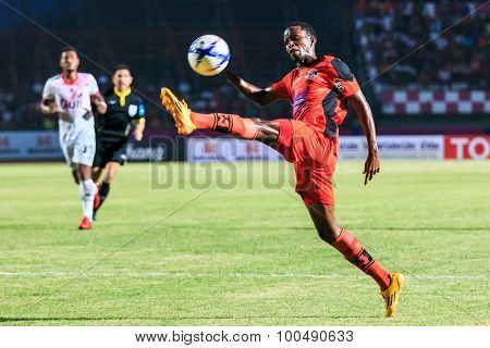 Sisaket Thailand-march 7: Adefolarin Durosinmi (orange) Of Sisaket Fc. In Action During Thai Premier
