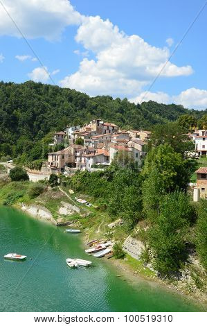 The Country Of Fiumata On Lake Salto In Abruzzo - Italy 37