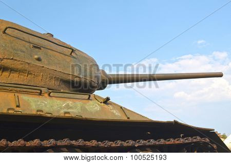 KIEV, UKRAINE - SEP 2, 2015:  Soviet tank T-34 near Technical History Museum  of National Polytechnic University on September 2, 2015 in Kiev, Ukraine