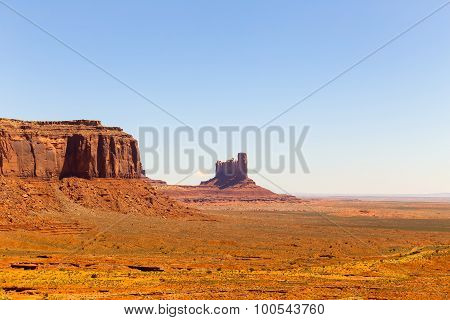 Stagecoach in Monument Valley