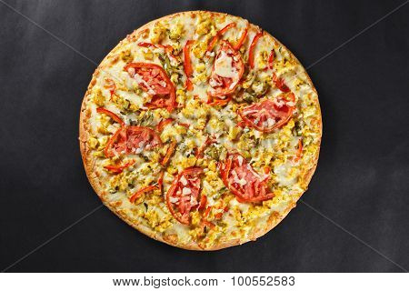 Hot Tasty Delicious Rustic Homemade American Pizza With Tomato Curry Chicken  With Thick Crust On Bl