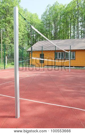 Volleyball net on the pitch outside