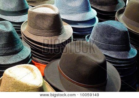 Mens hats For Sale in Paris France