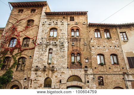 Old Buildings On Cisterna Sq.-san Gimignano,italy