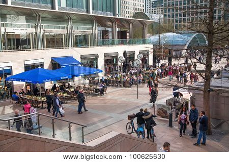 LONDON, CANARY WHARF UK - MARCH 2, 2015: Modern architecture of Canary Wharf business aria with lots
