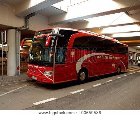 Bus representation.