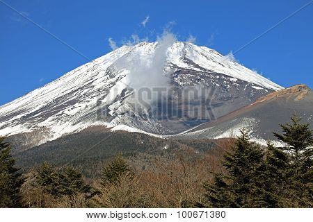 Majestic views of Mount Fuji, from Hakone area, Japan