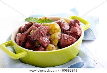 Chicken Breast Stewed In Red Wine