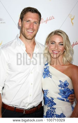 LOS ANGELES - AUG 30:  Brooks Laich, Julianne Hough at the TV Academy Choreography Peer Reception at the Montage Hotel on August 30, 2015 in Beverly Hills, CA