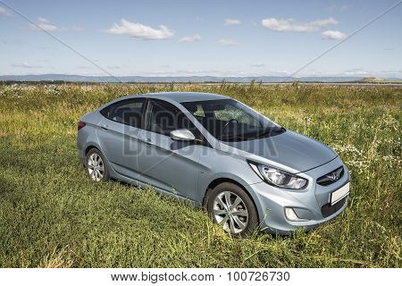 Car Hyundai Accent.