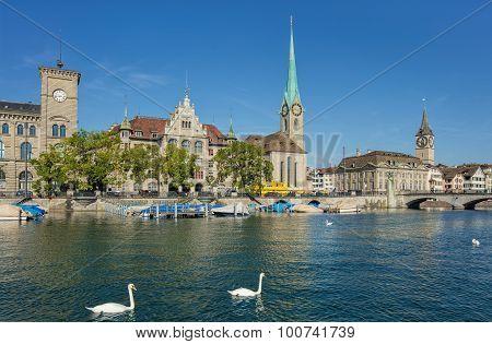 Stadthausquai Quay In Zurich