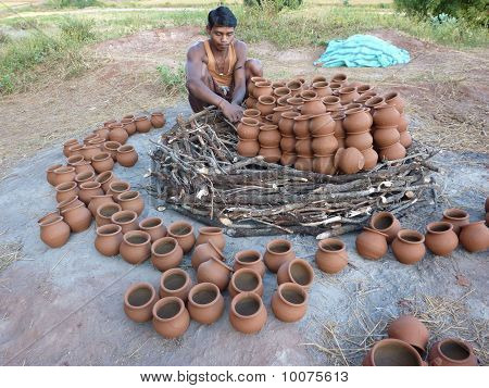 Potter Builds An Outdoor Kiln For Clay Pots