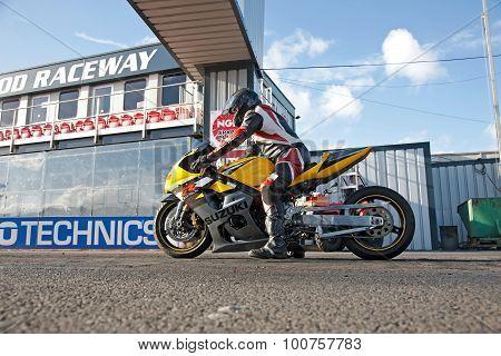 Drag racing bike