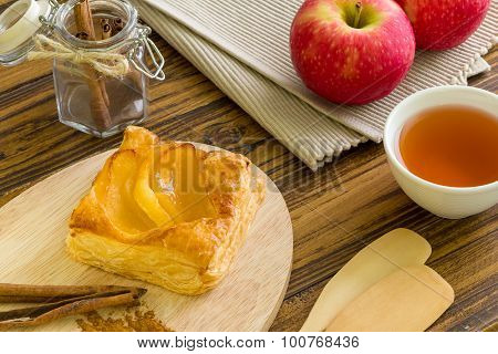 Apple Pastry Background / Apple Pastry / Homemade Apple Pastry Background