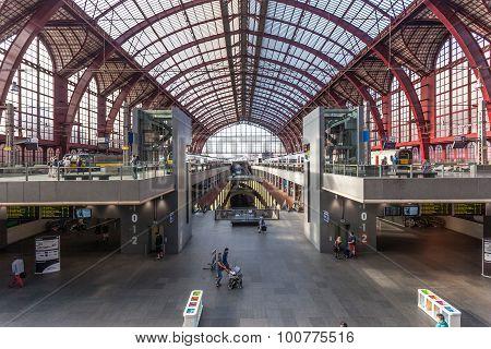 Interior Of The Antwerp Main Railway Station