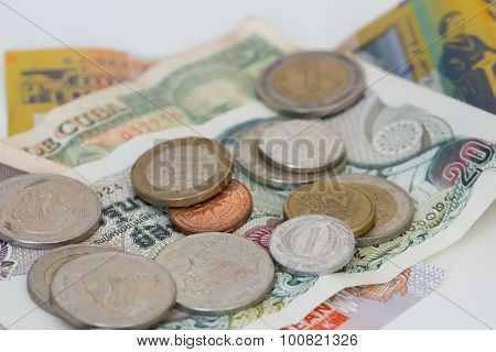 Foreign Coins And Banknotes