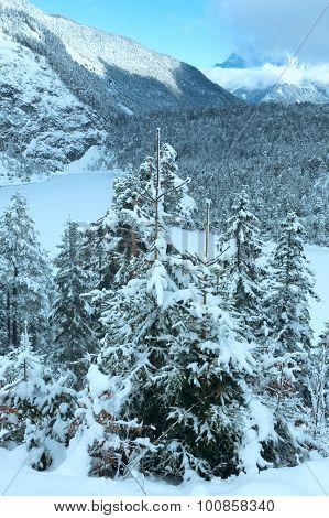 Winter Mountain Landscape (austria, Fernpass, Tiroler Alpen).