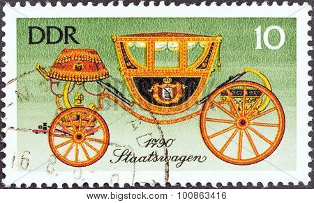 GERMAN DEMOCRATIC REPUBLIC - CIRCA 1976: A stamp printed in Germany shows State Carriage, 1790