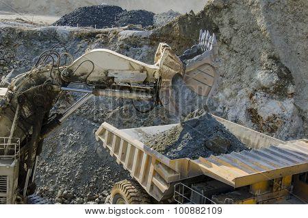Open Pit Machinery