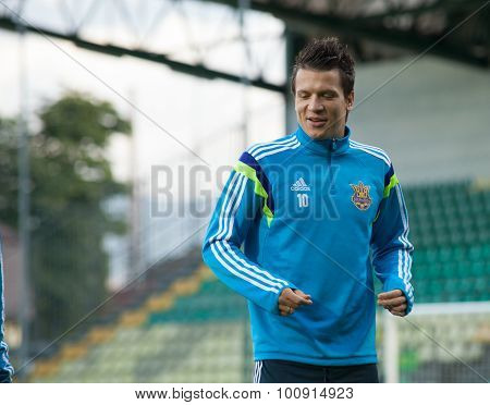 Yevhen Konoplyanka - Ukrainian National Soccer Team Player  2