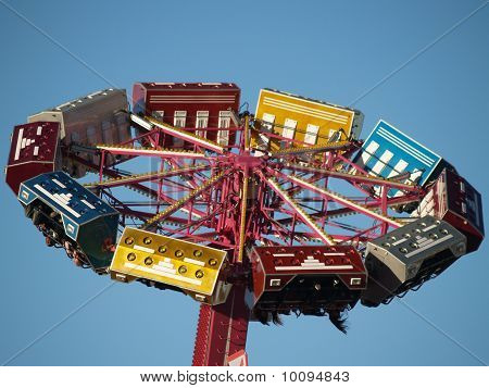 Upside down of fair ride