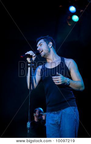 Nick Hexum of 311 in Concert